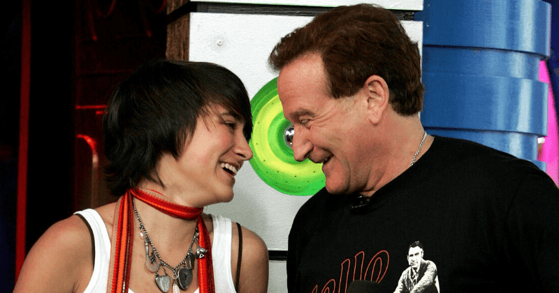 Robin Williams Daughter Admitted I Didn T See Daylight For A While To Cope With The Grief Of His Death